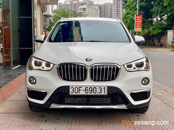 Xe BMW X1 18i sdrive cũ đời 2018 màu Trắng mới chạy 8500 km như mới