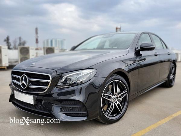 Chính hãng bán xe Mercedes E300 cũ 2019 màu Đen chạy lướt 3566 km giá rẻ
