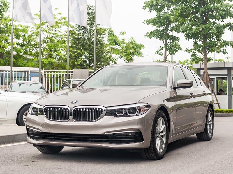 Giá xe BMW 520i mới nhất tháng [thang]/[nam], Giảm giá lên tới 390 triệu