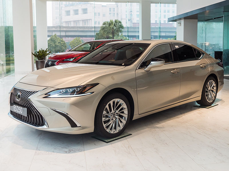 Giá xe Lexus ES 250 mới nhất tháng [thang]/[nam]