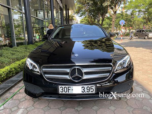 Mercedes E250 Model 2017 màu Đen, nội thất Kem, xe cực đẹp, đi giữ gìn