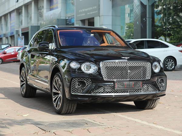 Xe Bentley Bentayga 2021 màu Đen, bản First Edition 1, xe giao ngay