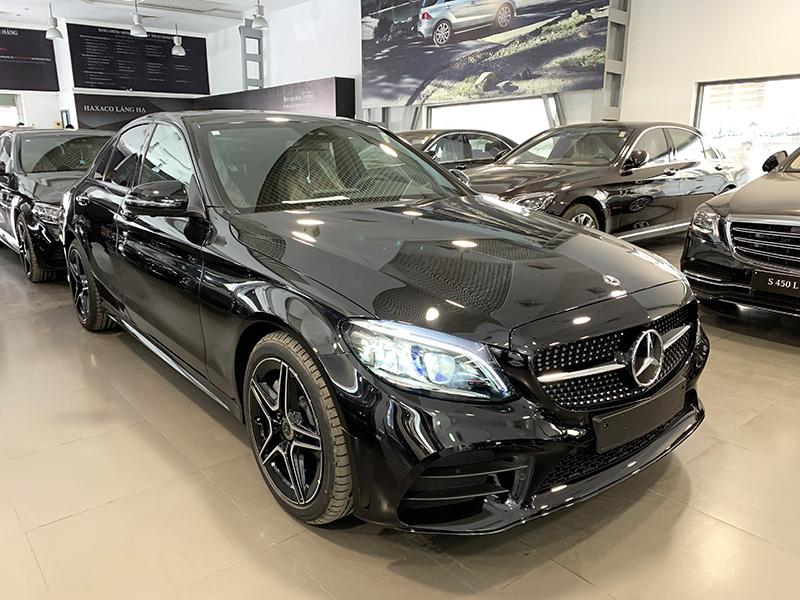 Giá xe Mercedes C-Class [nam] mới nhất tháng [thang]/[nam], Giảm giá lên tới 105 triệu