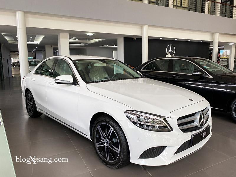 Giá xe Mercedes C180 mới nhất tháng [thang]/[nam], Giảm giá lên tới 70 triệu đồng