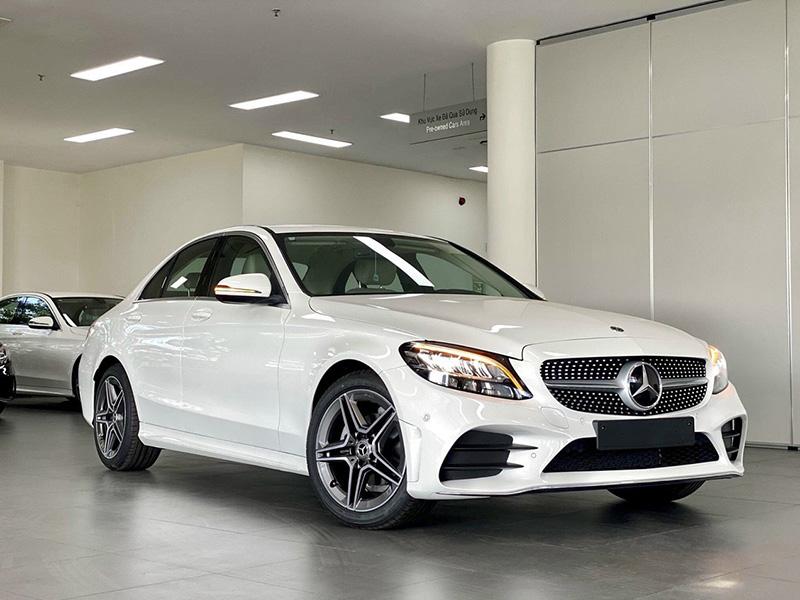 Giá xe Mercedes C180 AMG mới nhất tháng [thang]/[nam], Giảm giá lên tới 100 triệu đồng