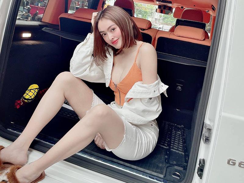 Chủ nhân chiếc xe Mercedes-AMG G63 2021 độ nội thất phong cách Hermes độc nhất Việt Nam là cô gái trẻ tài giỏi kinh doanh mỹ phẩm
